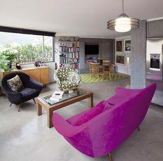 Un Clásico Actualizado. En las Torres del Parque, uno de los proyectos emblemáticos del arquitecto Rogelio Salmona, este apartamento de 114 m² cobra nueva vida mientras propone un uso novedoso de los espacios