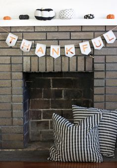 thankful banner from The Alison Show - use idea for Christmas banner