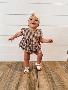 Little Babies, Cute Babies, Baby Kids, Toddler Girls, Baby Girl Fashion, Kids Fashion, Toddler Fashion, Retro Fashion, Winter Fashion
