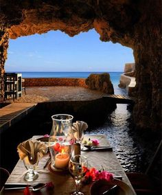 Cave Restaurant, Puglia, Italy