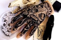 Promotional hand Tattoo Elena Mignani did for us the other day. Very skilful work even on a rubber hand. Cat Skull Tattoo, Tattoo Clothing, Tattoo Illustration, Neo Traditional Tattoo, Black Tattoos, Hand Tattoos, Tattoo Artists, Screen Printing, Black And Grey