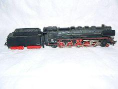 Trix Express HO Scale find HO Scale Scenery at http://www.modelleisenbahn-figuren.com