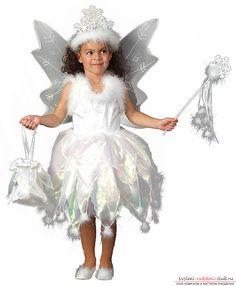 Come realizzare un costume natalizio con fiocchi di neve. Una semplice master class che aiuta a cucire un costume elegante e magico per una ragazza. Foto №1