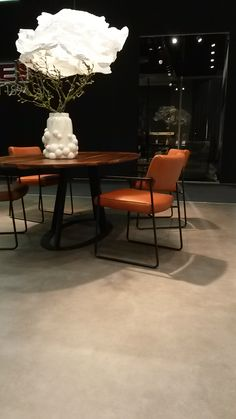 Harvink! Ook Harvink stond op de internationale meubelbeurs van Keulen! Nieuwe…