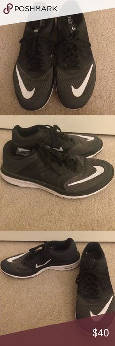 Nike FS Lite Run 3 Sneakers Size 9, black Nike FS Lite Run Sneakers. Worn a total of two times! In great shape!  I  Moving across country so motivated to sell! Nike Shoes Athletic Shoes