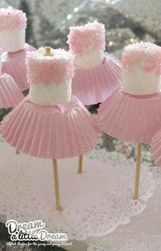 Deliciosos marshmellows decorados como bailarinas de ballet.