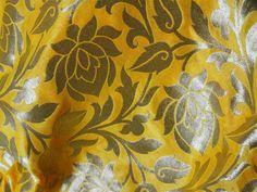 Stoff Blumen - Silk Brocade Fabric Türkis Gelb und Gold - ein Designerstück von indianlacesandfabric bei DaWanda