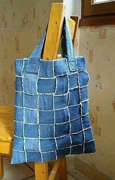 Artesanato, bolsa feita com tiras de calça jeans | Cacareco
