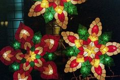 Parol lanterns at the Filipino American Development Foundation's annual Parol Lantern Festival (Photo: ACTA) Christmas Parol, Christmas Lanterns, Christmas Star, Christmas Decorations, English Christmas, Parol Filipino, Filipino Food, Christmas In The Philippines, Little Passports