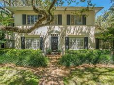 View 22 photos of this 4 bed, 3.0 bath, 2670 sqft Single Family that sold on 11/6/17 for $1,150,000. Classic Colonial 2 story home on 15,750 square foot... 2 Story Houses, Union Station, Coral Gables, Single Family, Square Feet, Future House, Colonial, Pergola, Home And Family