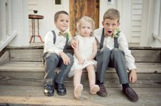 love the bow ties & suspenders for the ring bearer!! (: