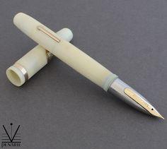 Moore Finger tip Eiderdown White, ca. 1946 | Penarte - Fine Vintage Pens