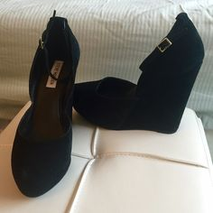 """Steve Madden black platform wedges w/ ankle strap Black suede platform wedges. Platform measures 1.25"""" in height and total heel height is 5"""". Ankle strap with gold buckle. Worn just once! All signs of wear as shown in photos. Final price unless bundled. Steve Madden Shoes Platforms"""
