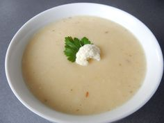 Výborná Květáková polévka - Recepty pro každého - Nejlepší polévky Food Humor, Funny Food, Cheeseburger Chowder, Soup, Ethnic Recipes, Arizona, Soups, Fun Food