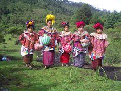 El colorido traje típico de Guatemala | Solo lo mejor de Guatemala