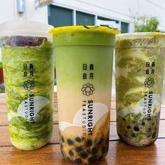 Bubble Tea Menu, Bubble Tea Shop, Bubble Milk Tea, Bubble House, Boba Pearls, Boba Drink, Colorful Drinks, Vietnamese Dessert, Thai Tea