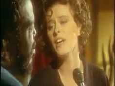 Lisa Stansfield and Barry White - All around the world.mp4