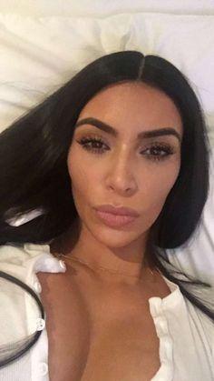 Kim Kardashian W &Kylie Jenner Kourtney Kardashian, Kim Kardashian Snapchat, Looks Kim Kardashian, Kardashian Family, Kardashian Style, Kardashian Jenner, Kris Jenner, Kendall Jenner, Kylie