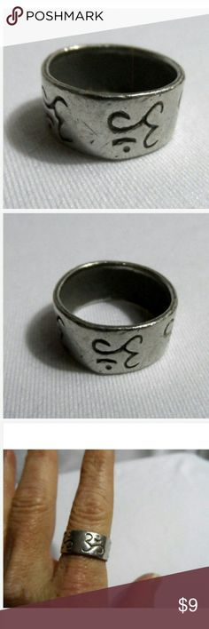"""Vintage Sanskrit design Band Ring 6.5 Silvertone Individual monitors may display slightly different colors or hues...  SILVER LEAF Ring  SIZE: 6.5  Stainless Steel Sanskrit design Wide band Ethnic theme 3/8"""" wide NEW NEW NEW! unbranded Jewelry Rings"""