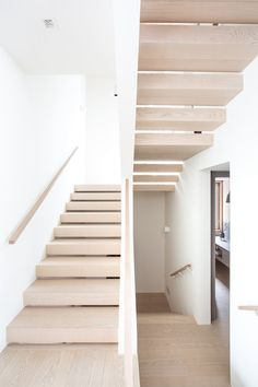 Website - Sophie Burke Design Built In Sofa, Built In Bunks, Architecture Details, Interior Architecture, Upstate New York, Vancouver House, Scandinavian Style Home, Modern Staircase, Staircase Ideas