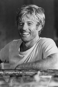 Robert Redford - Vintage Hollywood Heartthrobs You Had A Crush On - It's RosyYou can find Movie stars and more on our we. Vintage Hollywood, Hollywood Men, Hollywood Stars, Classic Hollywood, Hollywood Celebrities, Robert Redford, Lara Croft, Image Paris, How To Be A Happy Person