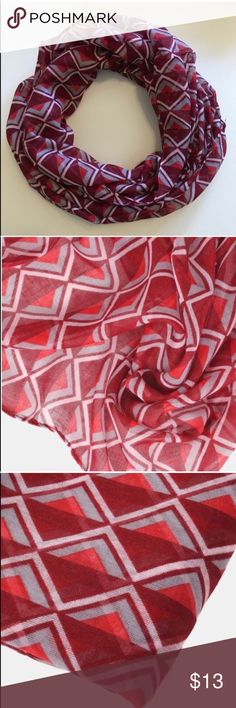 🆕 Red Triangle Infinity Scarf Add a fun pop of color and patterns to your casual look with this lightweight infinity scarf with modern triangle pattern. A perfect finishing touch to your outfit that is easy to thrown on before heading out the door! 100% Polyester• NWOT Boutique*  • Offers Welcome • Bundle Discounts  • Suggested User • Fast Shipper Accessories Scarves & Wraps