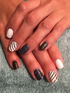 Nails by Mindy 816-914-8987 Historical square Liberty, MO Fun nails shellac gel polish