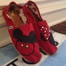 Mickey&& Minnie Toms. Oh.my.goodness!! I want