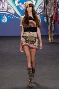 Anna Sui - Spring 2015 #annasui   #spring2015   #fashion   http://www.bliqx.net/anna-sui-spring-2015/