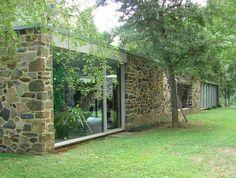Mid century modern architecture - Hooper House II (1959) by Marcel Breuer.