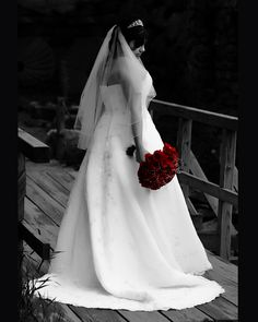 Black/White Red Bouquet - This is perfect!