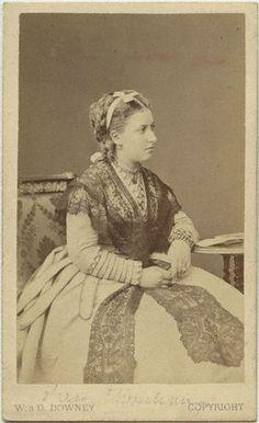 sufficio:  thefirstwaltz:  Princess Helena Augusta Victoria of...