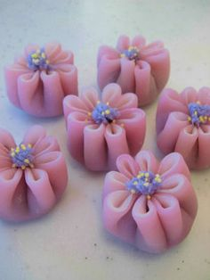 Petals of Prettiness tickle the tummy pink! #Japanese #Sweets #Pink