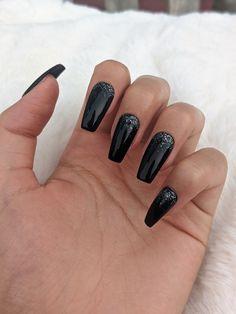 Long Black Nails, Black Nails With Glitter, Black Coffin Nails, Black Acrylic Nails, Silver Nails, Best Acrylic Nails, Matte Nails, Black Wedding Nails, Black Chrome Nails