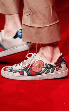 Gucci by Alessandro Michele F/W 2016 Menswear (Details)