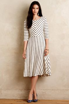 awesome Великолепное платье в полоску — Фото, актуальные модели, модные расцветки