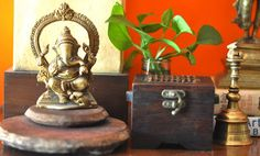For the Love of Sunshine Corners Ethnic Home Decor, Indian Home Decor, Love Home, My Dream Home, Indian Decoration, Indian Homes, Traditional Decor, Indian Ethnic, Ganesha