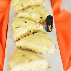 These sweet indulgences are rich but remain bright with the flavor of Tangerine Essential oil.
