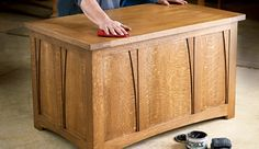 How to Build Arts and Crafts White Oak Blanket Chest - Free Woodworking Plan
