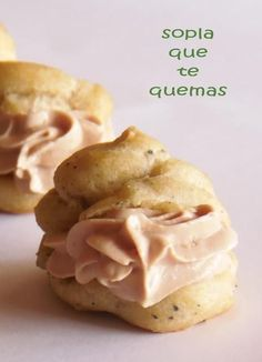 PROFITEROLES DE SETAS RELLENOS DE MOUSSE DE FOIE Appetizers For Party, Appetizer Recipes, Quiches, My Favorite Food, Favorite Recipes, Guisado, Spanish Dishes, Choux Pastry, Appetisers