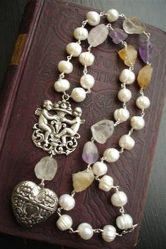 PUTTI REFINED Creamy Freshwater Pearl Necklace by DRAMAJEWELRY