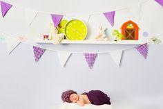 Neugeborenenfotos Wien - Professionell mit viel Erfahrung - Newbornfotos Kids Rugs, Home Decor, Newborn Photos, Family Photos, Breast Feeding, Decoration Home, Kid Friendly Rugs, Room Decor, Home Interior Design