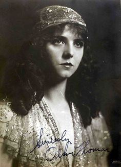 The Flapper and Olive Thomas Vintage Gypsy, Vintage Beauty, Vintage Moon, Mafia, Olive Thomas, Gypsy Women, Black And White People, Ziegfeld Girls, Ziegfeld Follies