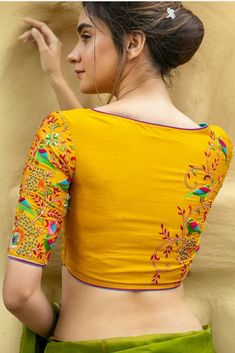 Latest Trendy Sari Blouse Back Design - Indian Fashion Ideas Blouse Designs High Neck, Simple Blouse Designs, Stylish Blouse Design, Fancy Blouse Designs, Bridal Blouse Designs, Saree Blouse Designs, Sari Blouse, Designer Blouse Patterns, Images