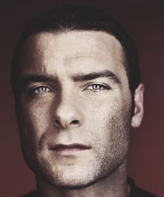 Liev Schreiber - Those suprisingly light colored eyes suprise me so often ! Awesome picture!