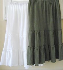 Instructions for a no-pattern tiered-skirt using your own measurements.