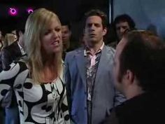 One of my favorite Always Sunny scenes of all time (Dee confronting bouncer) https://www.youtube.com/watch?v=2Cga9HD1ZV8