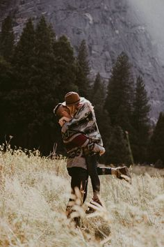 The romance in this Yosemite engagement session is off the charts!   Image by Marcela Pulido Photography