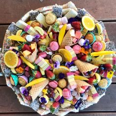 Another gorgeous dessert platter. Party Food Platters, Party Trays, Snacks Für Party, Cheese Platters, Appetizers For Party, Dessert Party, Diy Dessert, Pavlova Toppings, Breakfast Platter