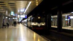 EETC 1252 + Restauranttrein + 1215 vertrekken van station Schiphol